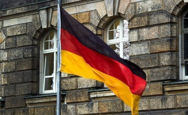 Almanya ekonomisi 11 yıl sonra ilk kez daraldı