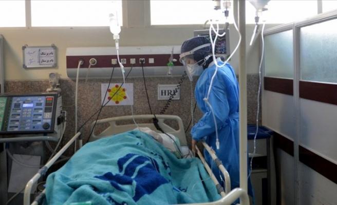 İran'da son 24 saatte Kovid-19'dan 81 kişi öldü