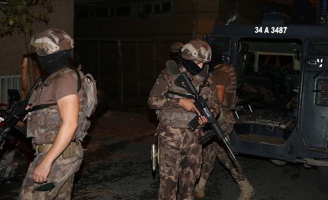 İzmir merkezli 12 ilde terör operasyonu: 48 gözaltı