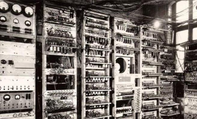 Tarihte bugün (7 Aralık): İlk hızlı elektronik bilgisayar kullanıma girdi