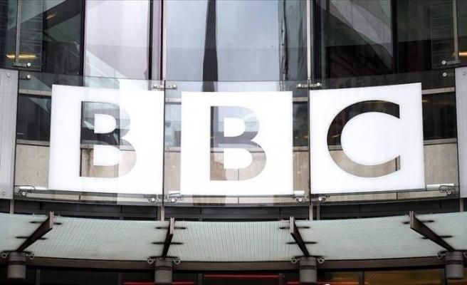İngiliz yayın kuruluşu BBC önyargıları güçlendirmekle suçlanıyor