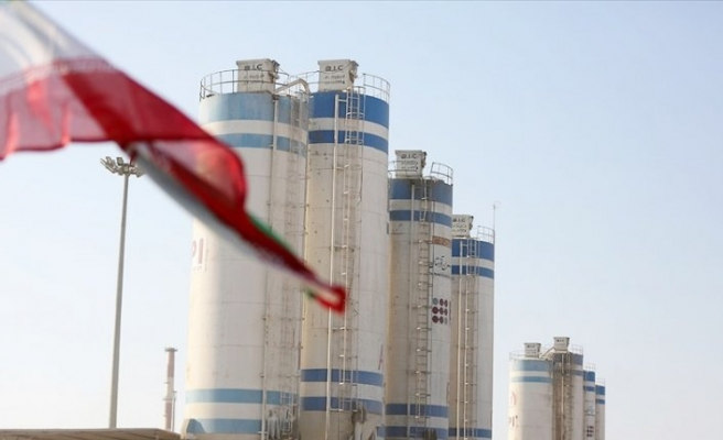 İran, nükleer denetimlerle ilgili protokolü askıya aldı