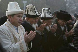 Bişkek'te teravihler hatimle kılınıyor
