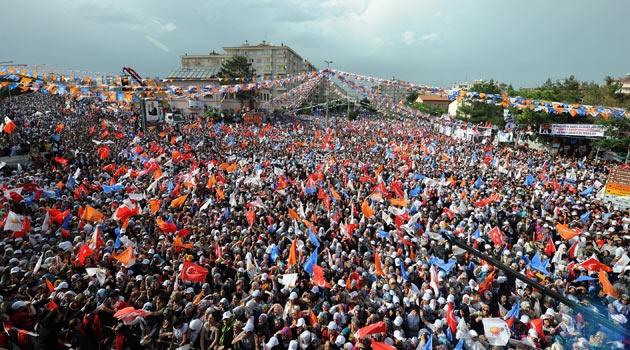 AK Parti 10 şehrin başkan adayını açıkladı