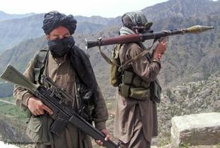 Taliban'dan kışlaya saldırı: 36 ölü