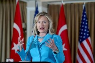 Clinton'dan Suriye'ye 'geniş yaptırım' çağrısı