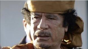 Kaddafi'den 'hainlere' karşı savaş çağrısı