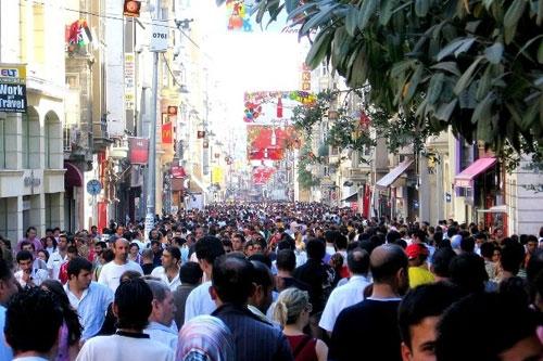 Türkiye halkı mutlu