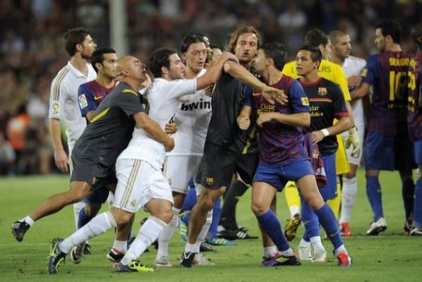 Real Madridli Mesut: Dinime küfredildi-VİDEO