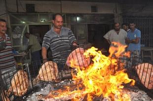 Irak'ta iftarın vazgeçilmezi 'mesguf'