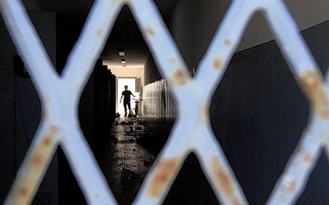 Afgan hapishanelerine nakiller durduruldu