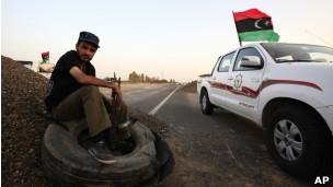 Kaddafi'nin oğulları Beni Velid'den ayrıldı!