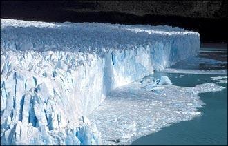 Kutup buzulları eriyor...