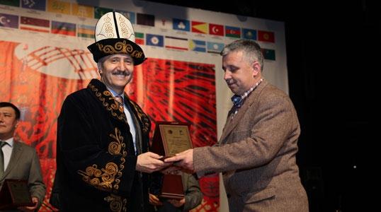 Dünya Bülteni'ne 'Kaşgar' ödülü