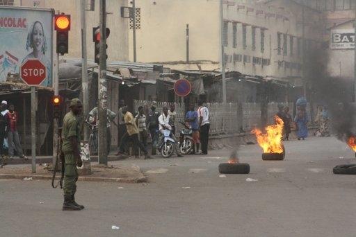 Mali'deki darbe sırasında 3 kişi öldü