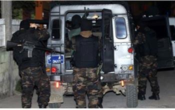 Cezaevinden çıktı 3 polis yaraladı