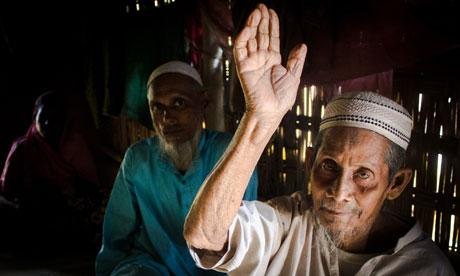 Güney Kore'den Myanmar'a 700 çadır