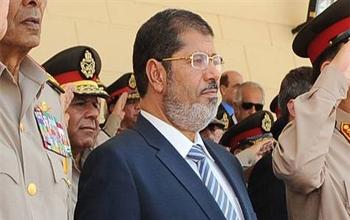 İran'dan Mursi'ye davet