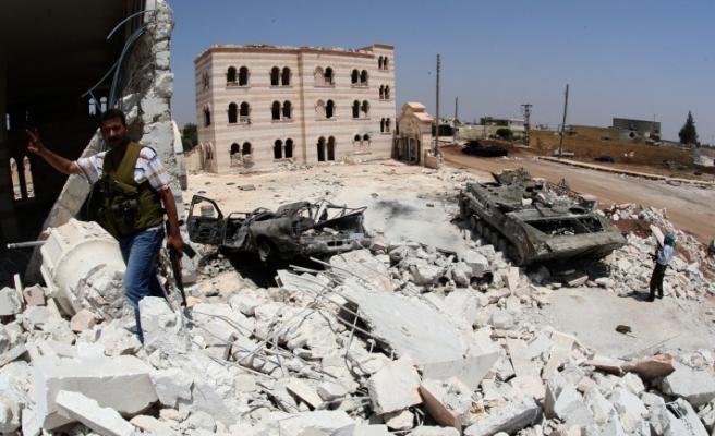 Suriye kasabaları yok oluyor