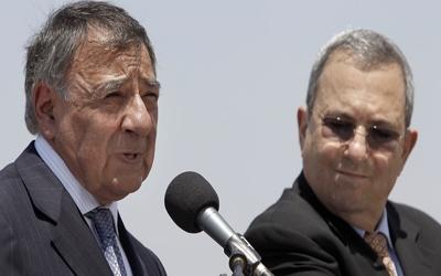 Panetta, İsrail'de İran'ı tehdit etti