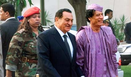 Mısır, Kaddafi'nin adamlarını sınırdışı etti
