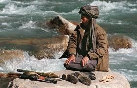 Pakistan'ın hedefi yine Taliban'dı