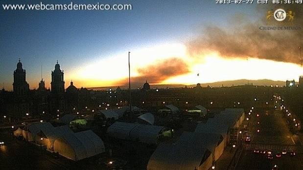 Meksika'da geleneksel pazarda yangın
