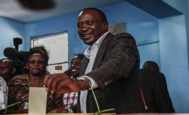 Kenya'daki oy sayımında Kenyatta önde