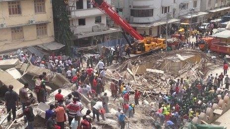 Tanzanya'da bina çöktü: 15 ölü