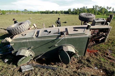Patani'de olaylar çıktı, 2 asker öldü