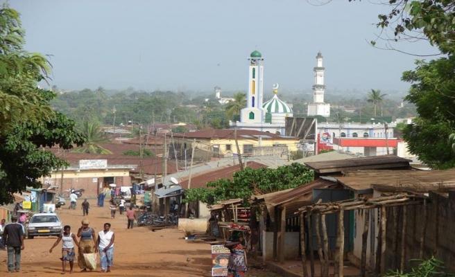 Togo'da eylemler okulları kapattı