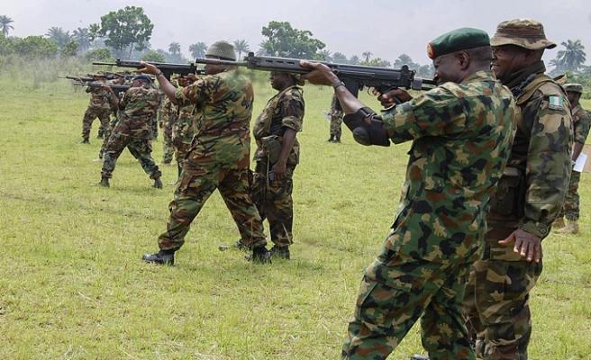 Nijerya havadan karadan Boko Haram'a savaş açtı