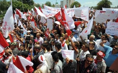 Tunus'ta siyasi krize çözüm arayışları
