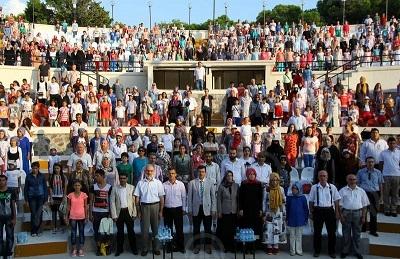 İzmir'de yaz Kur'an kursları sona erdi