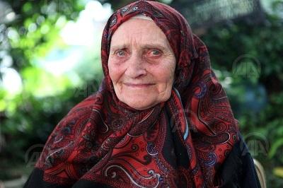 Erdoğan'ın elini öptüğü Hasibe Nine çok mutlu