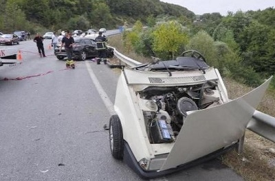Otomobili 2'ye ayıran kaza!