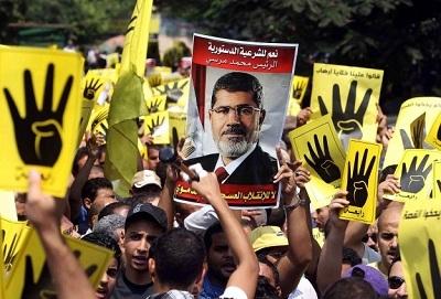Mursi ailesiyle telefonla görüştü