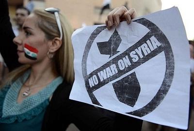 Mısır'da Suriye'ye müdahale karşıtı gösteri