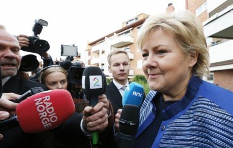 Norveç katliamından kurtulan 4 kişi vekil oldu