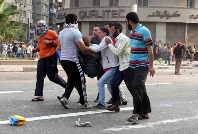 Tahrir'de göstericilere saldırı: 44 ölü