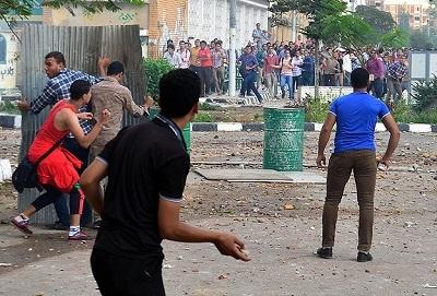 Mısır'daki gösterilerde 30 öğrenci yaralandı