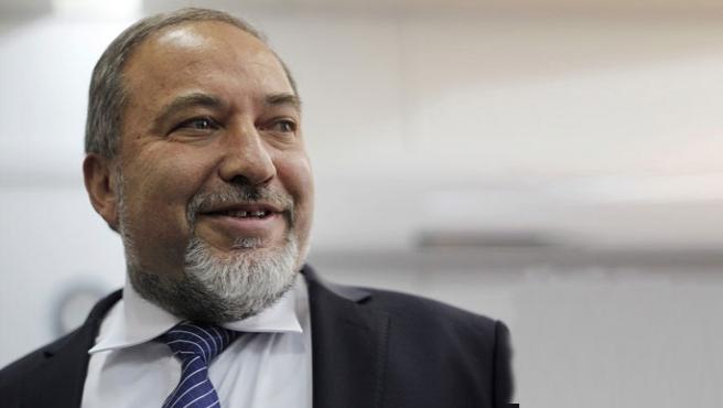 İsrail hükümetinde çatlak, Lieberman istifa etti