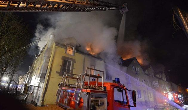 Almanya'da Türklerin yaşadığı binada yangın çıktı
