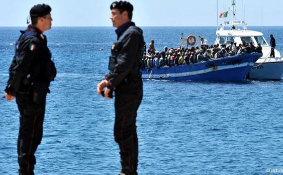 Denizden bir günde bin sığınmacı topladılar