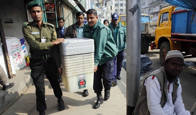 Bangladeş'te seçimler tamam, şimdi ne olacak?
