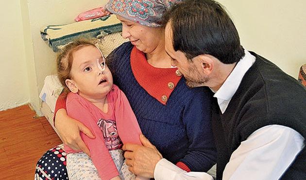 2,5 yıl ömür biçilen hastaya 6 ay sonraya randevu