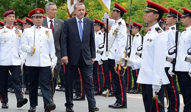 Erdoğan'ın Singapur temasları başladı