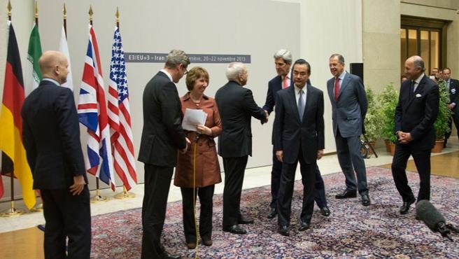İran ile nükleer müzakereleri başladı
