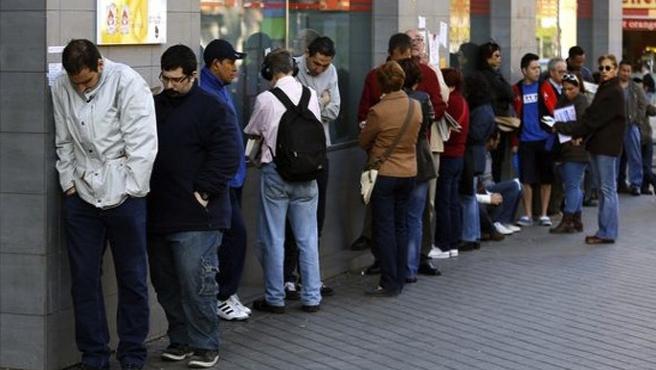 Dünyada her dakika on kişi işini kaybediyor