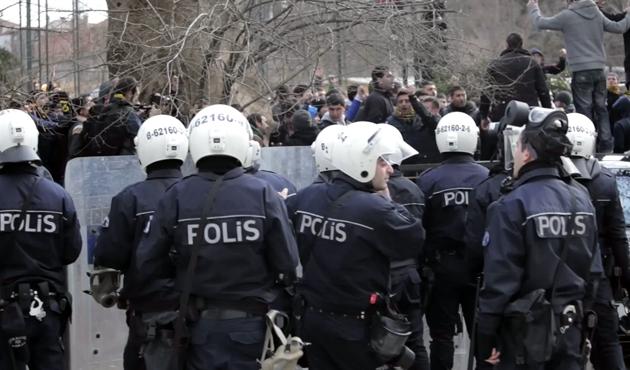 AK Parti'nin Çanakkale mitinginde arbede